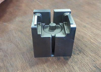 Programmation à la demande AirCNC Pièce electrode